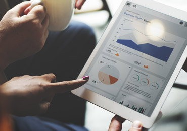 Behavior analysis system to identify user interests